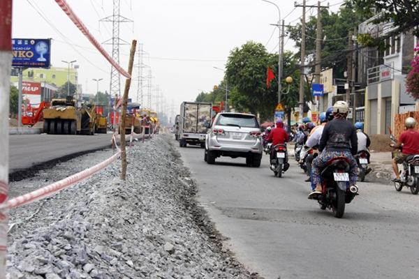 Đường Kinh Dương Vương lúc còn đang trong giai đoạn cải tạo nâng cấp